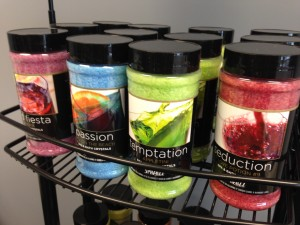 Choose from a variety or relaxing and invigorating scents from Spazazz Hot Aromatherapy